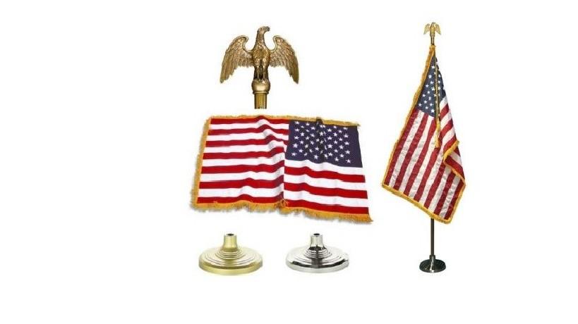 US Flagge auf Holzständer